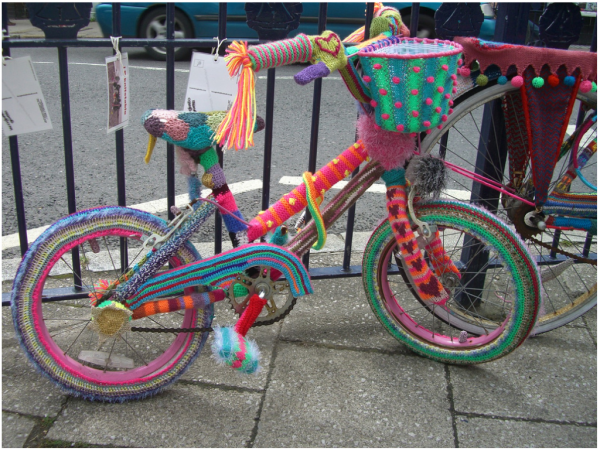 Street knitted bike