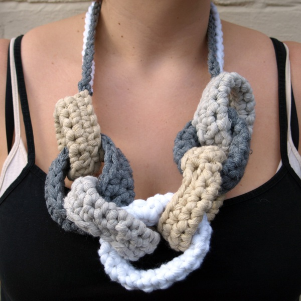 Linziloop-Cotton-Crochet-Chain-Necklace