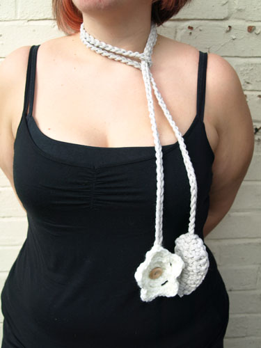 Linziloop-Cotton-Crochet-Necklace